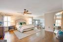 Oversized master suite - 1 NEW BEDFORD CT, STAFFORD