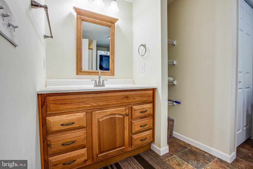 Bathroom in Basement - 1546 W OLD MOUNTAIN RD, LOUISA