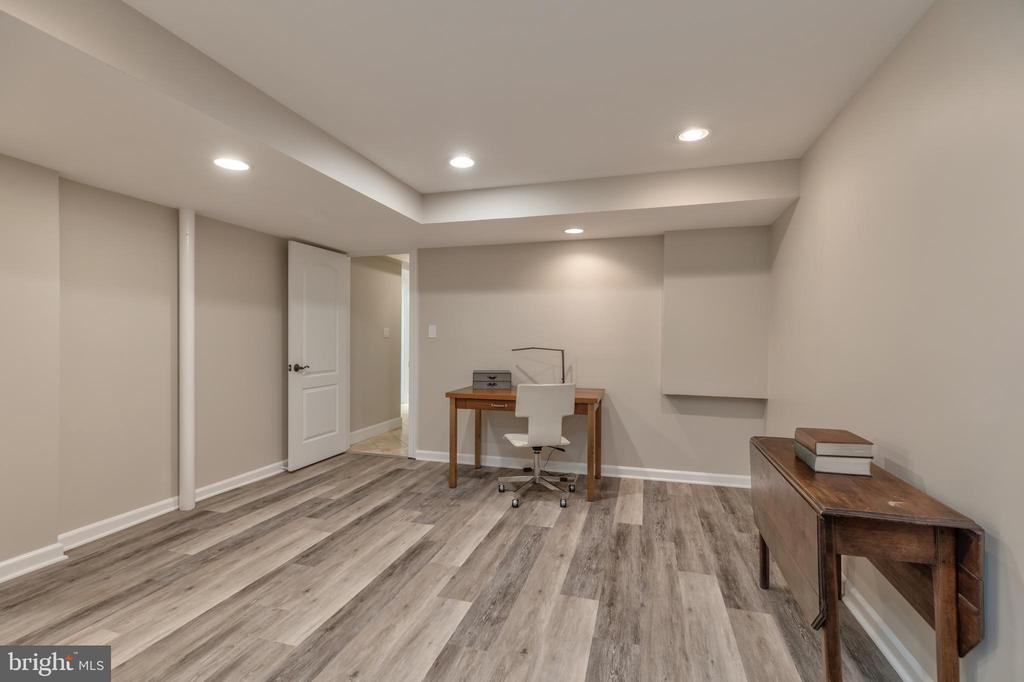 Lower level bonus room - 3629 ALBEMARLE ST NW, WASHINGTON