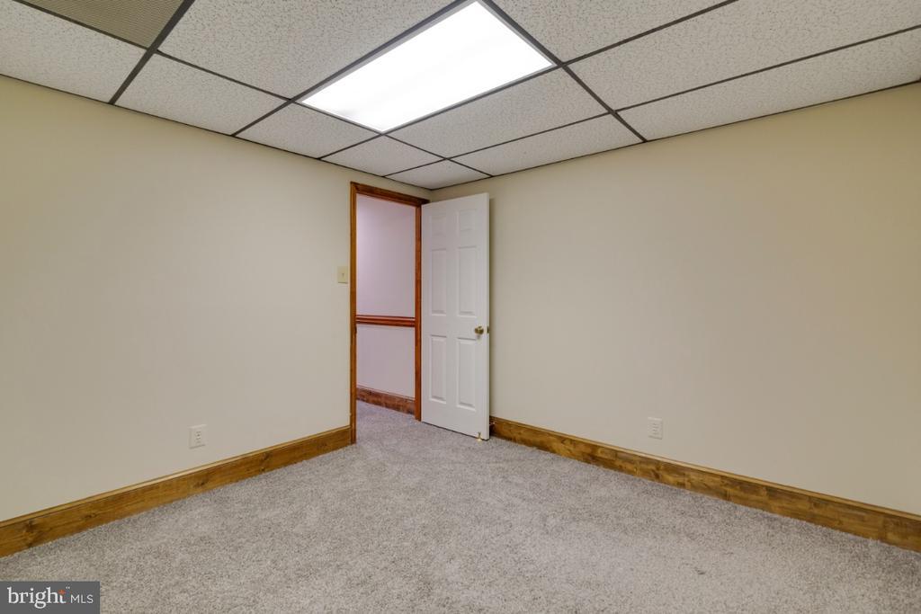 New carpet - 13613 BETHEL RD, MANASSAS