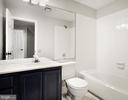 Full Bathroom - 43473 PLANTATION TER, ASHBURN