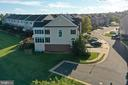 Side of house with plenty of street parking - 18504 PINEVIEW SQ, LEESBURG
