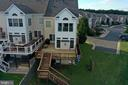 LARGE deck for entertaining and relaxing - 18504 PINEVIEW SQ, LEESBURG