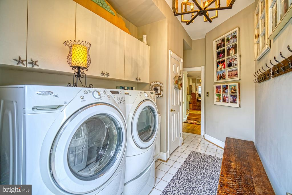 Mud/Laundry Room - 7421 DUNQUIN CT, CLIFTON