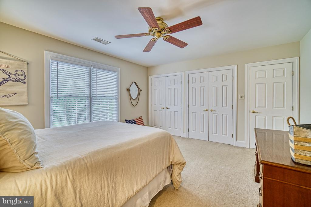Fourth Bedroom with Large Closet - 7421 DUNQUIN CT, CLIFTON