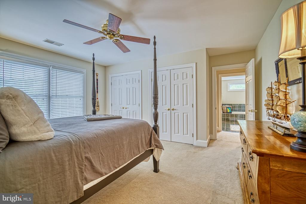 Third Bedroom w/ Large Closet - 7421 DUNQUIN CT, CLIFTON