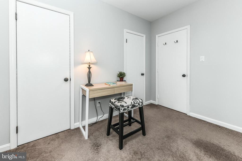 Walk-in closets - 1903 KEY BLVD #11545, ARLINGTON