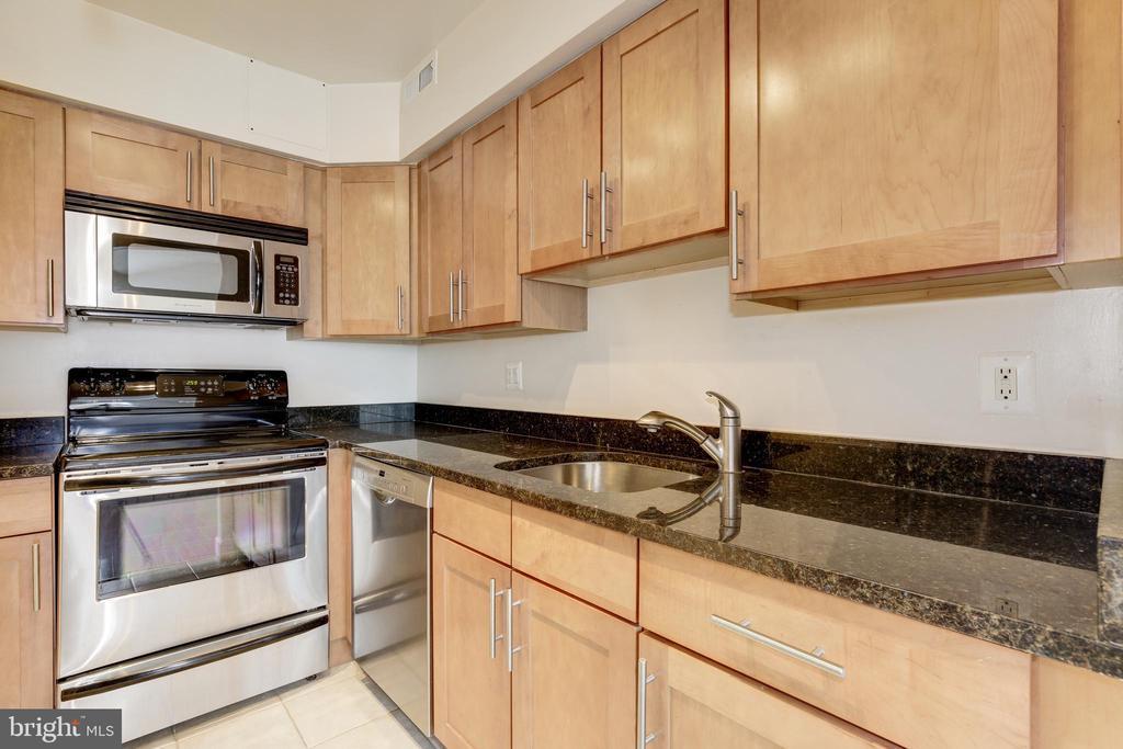 Kitchen View 2 - 3601 NW 38TH ST NW #302, WASHINGTON