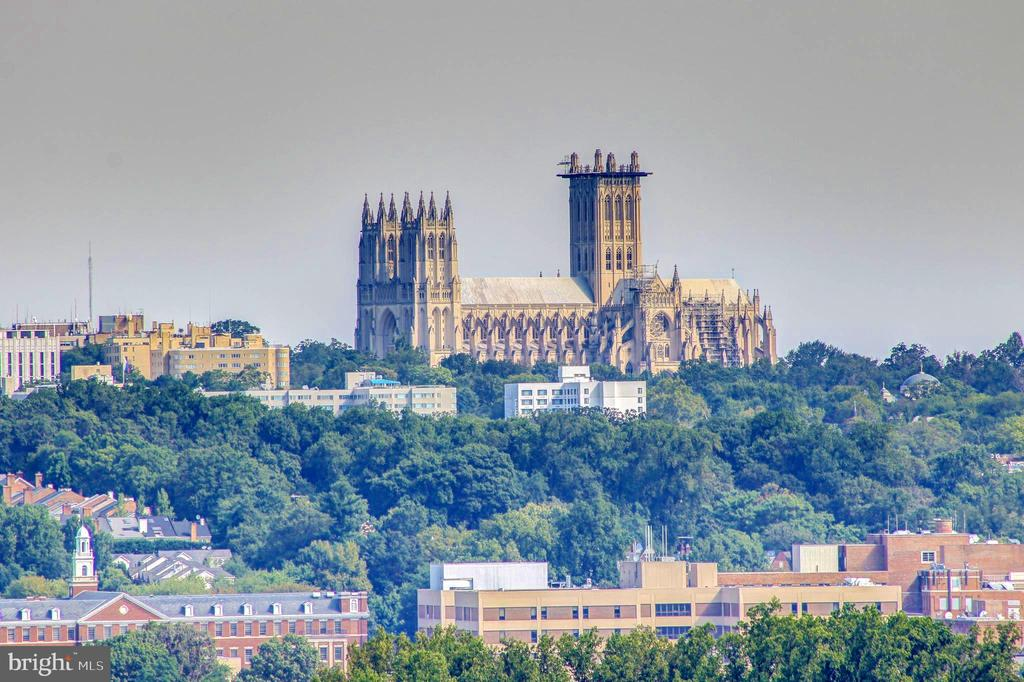 Fabulous views of the National Cathedral - 2001 15TH ST N #1213, ARLINGTON