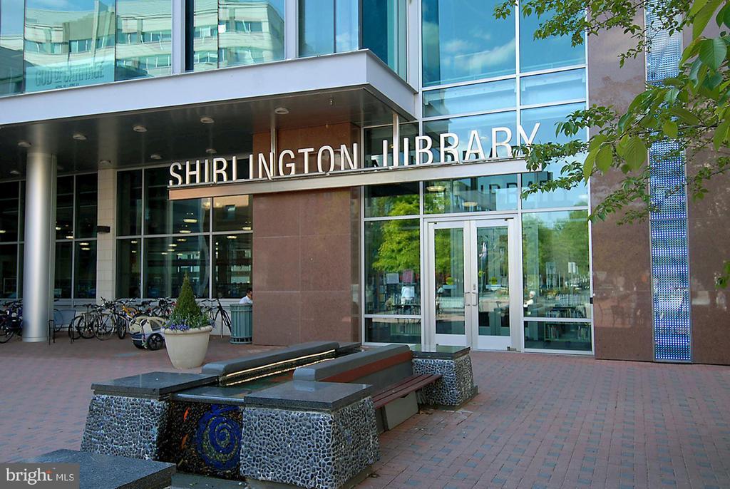Library - 2617 S KENMORE CT, ARLINGTON