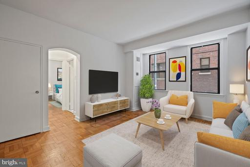2515 K ST NW #107