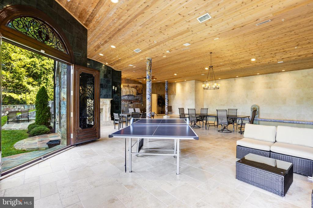 Pool / Recreation Level Opens to Back Yard - 612 RIVERCREST DR, MCLEAN