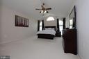 Master suite-Alt view - 802 SE TINA DR SE, LEESBURG