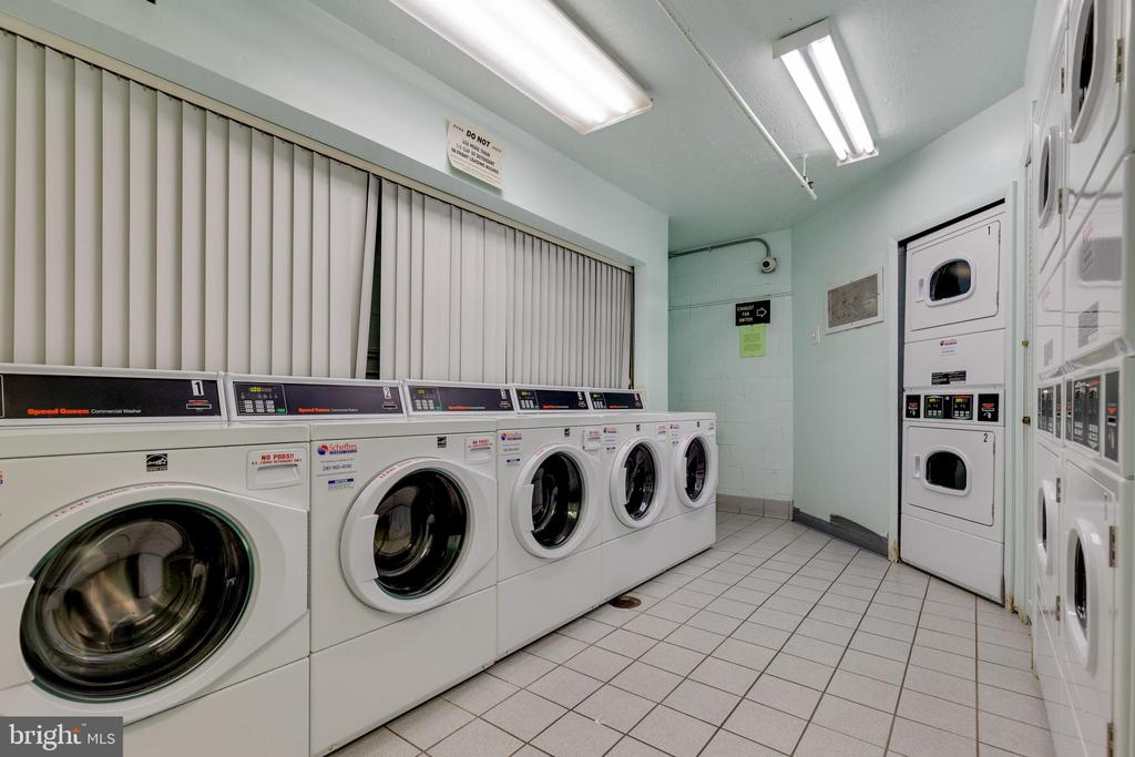 Laundry Room - 2016 N ADAMS ST #206, ARLINGTON