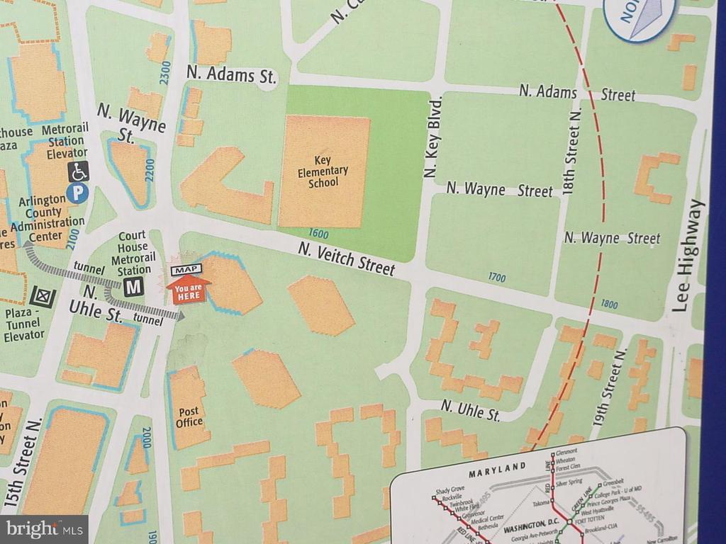 Courthouse neighborhood  one block away with its - 1801 KEY BLVD #10-506, ARLINGTON