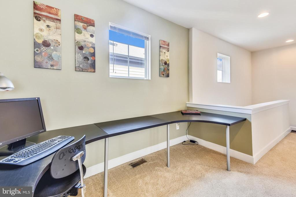 IKEA DESK FITS PERFECTLY IN THE SPACE ON UPPER LVL - 44533 NEPONSET ST, ASHBURN