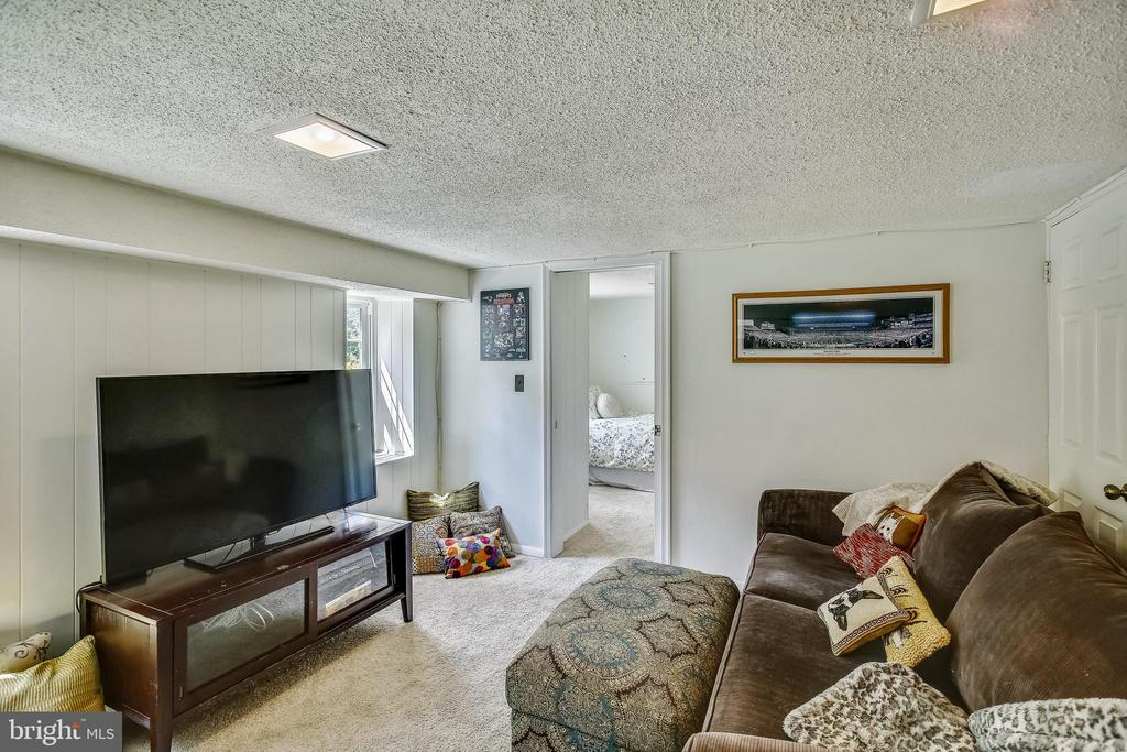 - 2801 S COLUMBUS ST, ARLINGTON