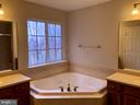 Primary Bath with corner soaking tub - 76 BRENTSMILL DR, STAFFORD