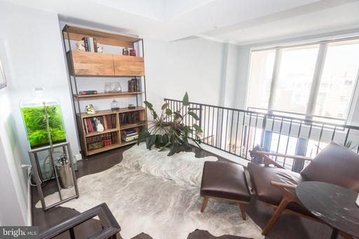 631 D ST NW #1142