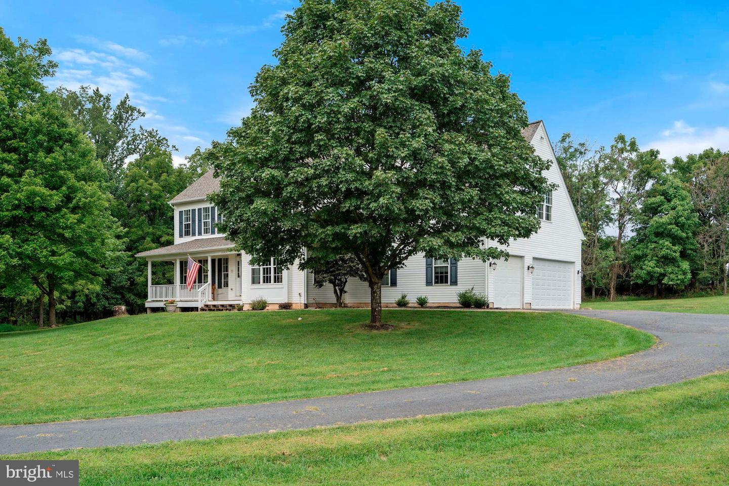 Single Family Homes for Sale at Hillsboro, Virginia 20132 United States