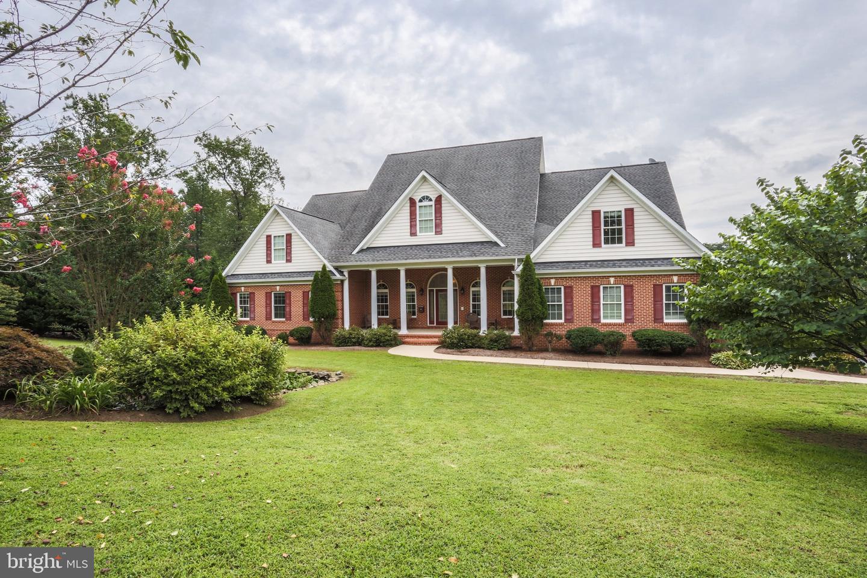 Single Family Homes para Venda às Castleton, Virginia 22716 Estados Unidos