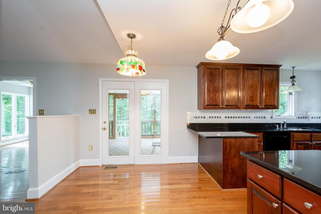 Additional Breakfast space next to Living Room - 12984 PINTAIL RD, WOODBRIDGE