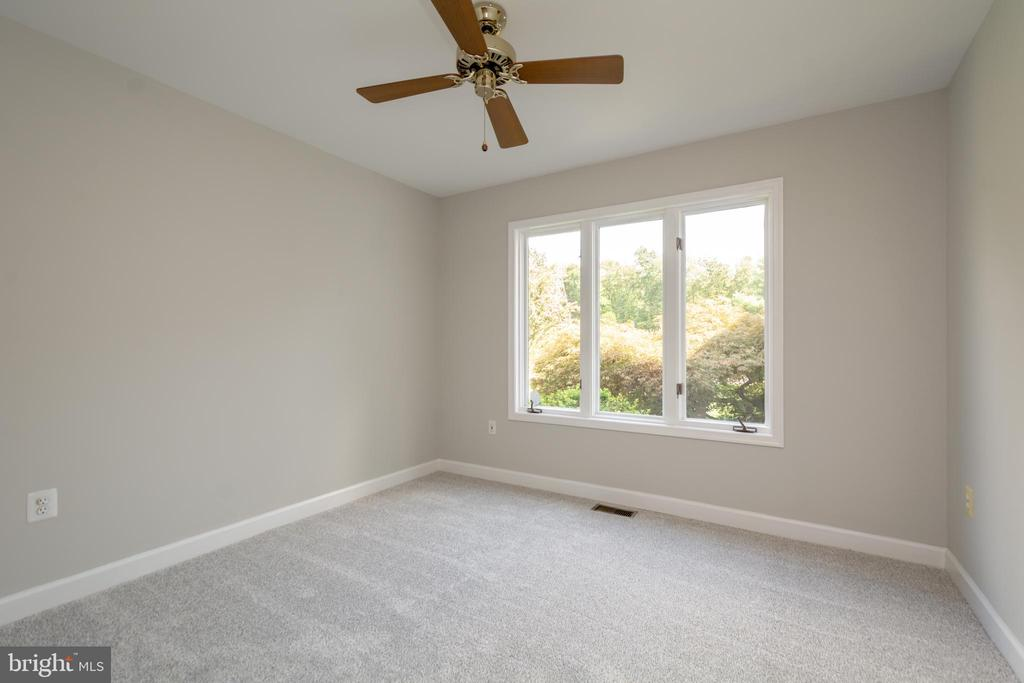 2nd Bedroom with Brand New Carpet - 12984 PINTAIL RD, WOODBRIDGE