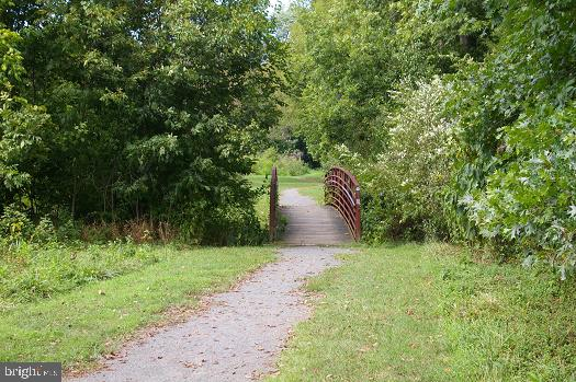 Bles Park at University Center Community! - 45067 FELLOWSHIP SQ, ASHBURN