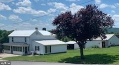 Single Family Homes для того Продажа на Doylesburg, Пенсильвания 17219 Соединенные Штаты