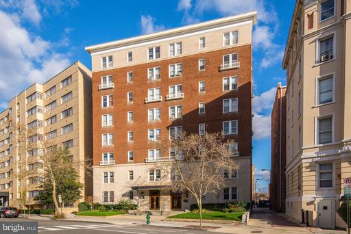 1954 COLUMBIA RD NW #610