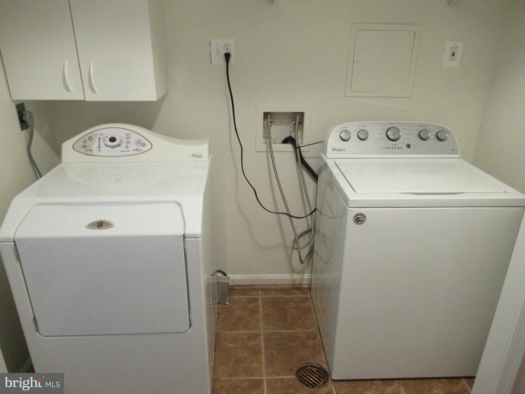 Washer/Dryer - 20 S ABINGDON ST, ARLINGTON