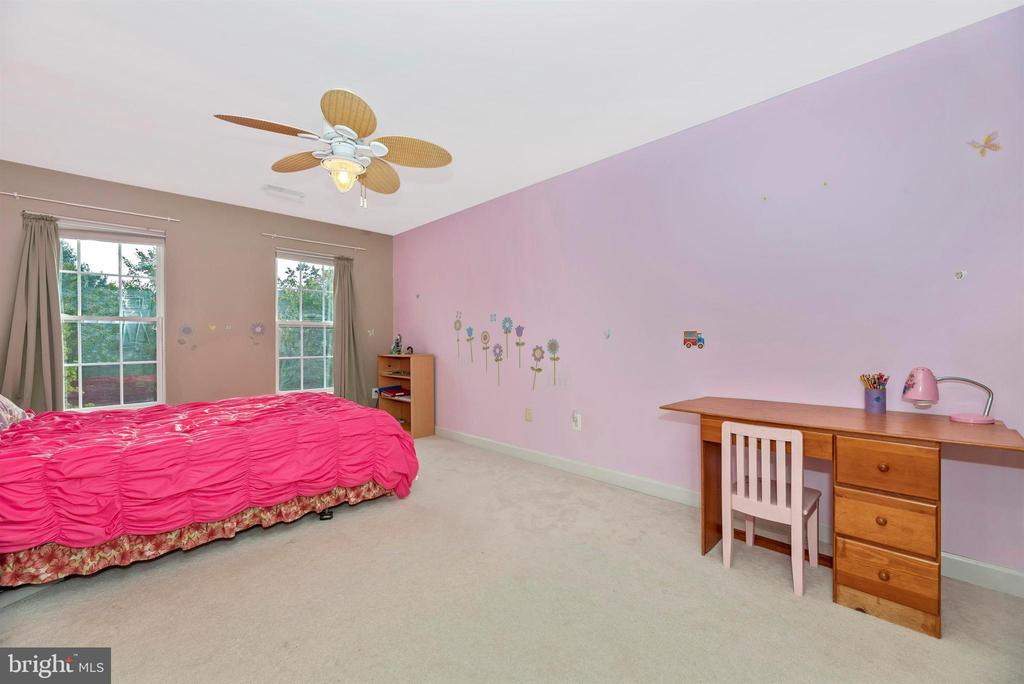 Bedroom 4 - 406 GLENBROOK DR, MIDDLETOWN