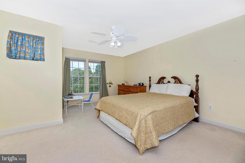 Bedroom 3 - 406 GLENBROOK DR, MIDDLETOWN