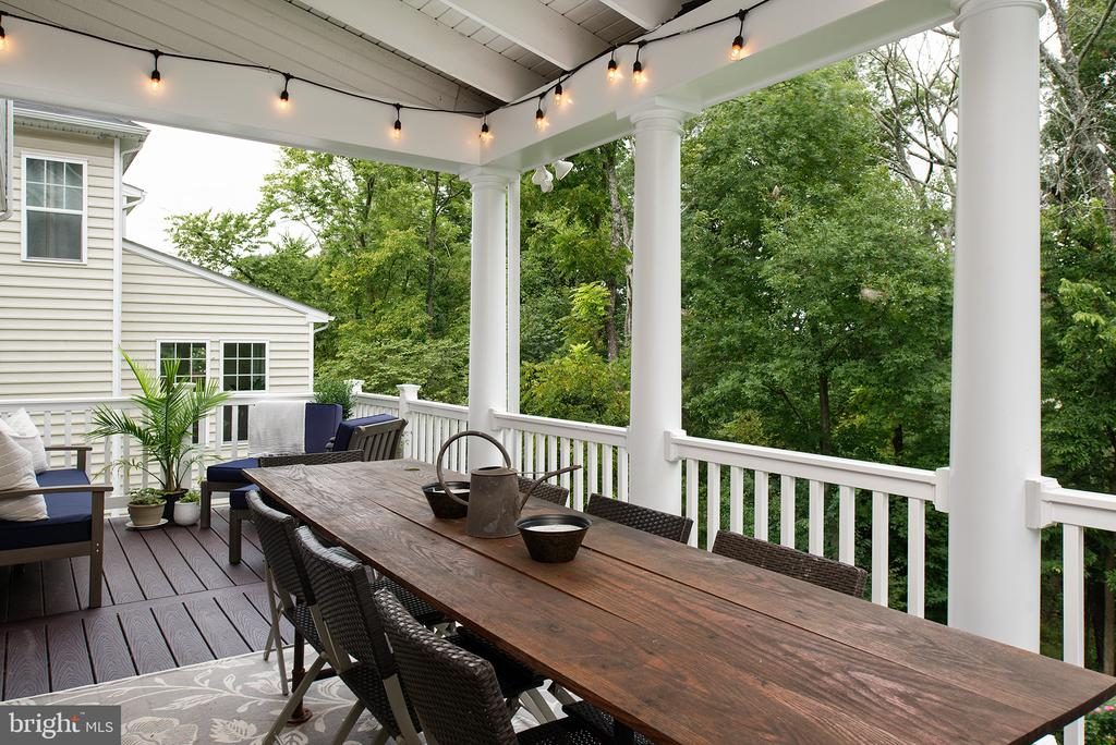 Eat outside...now you can! - 21144 WALKLEY HILL PL, ASHBURN