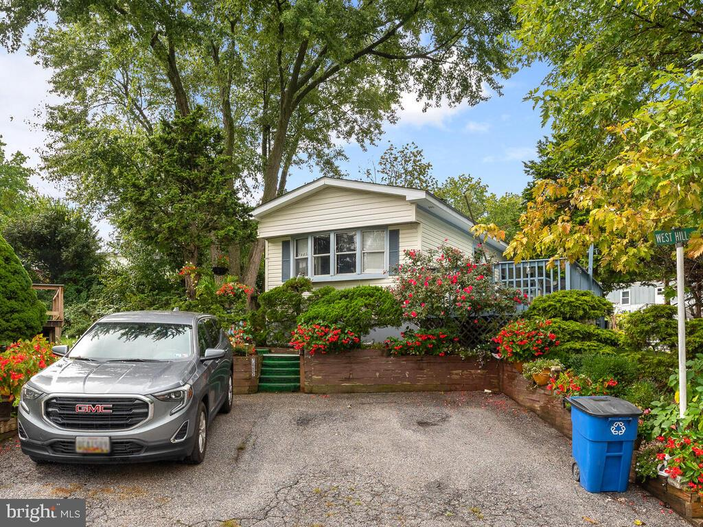 Driveway - 7805 W HILL RD, MOUNT AIRY
