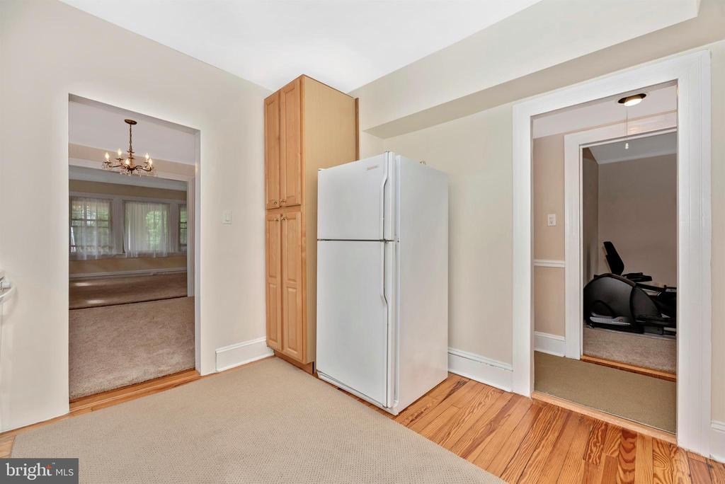 2nd Floor Apartment-Kitchen - 316 W COLLEGE TER, FREDERICK