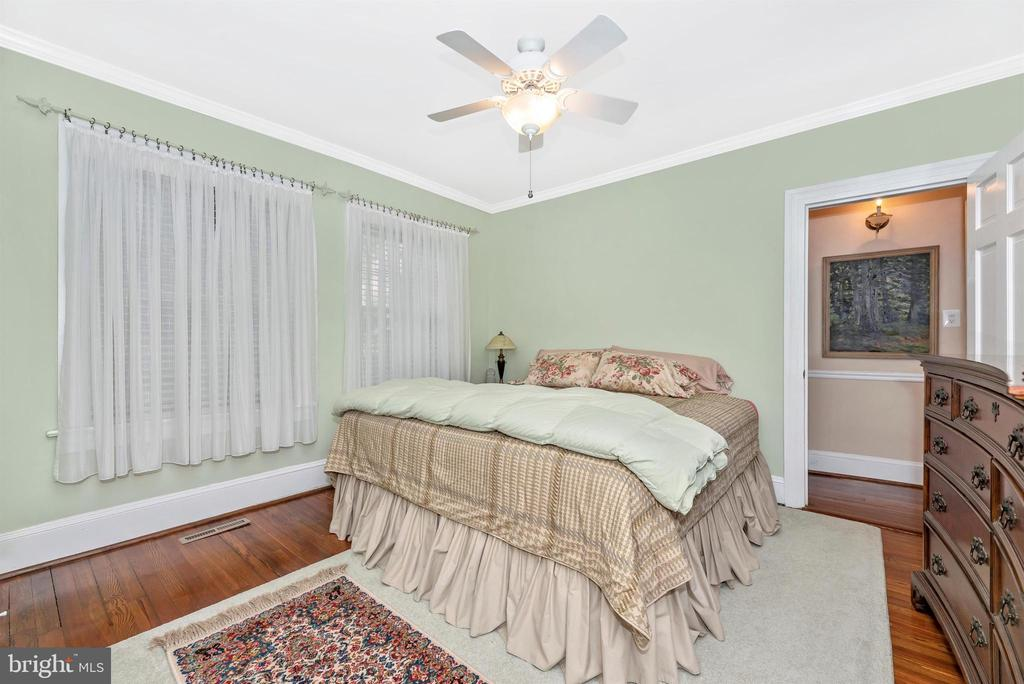 Main Level Master Bedroom - 316 W COLLEGE TER, FREDERICK