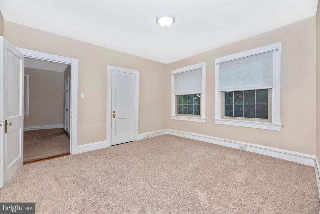 2nd Floor Apartment-Bedroom 2 - 316 W COLLEGE TER, FREDERICK