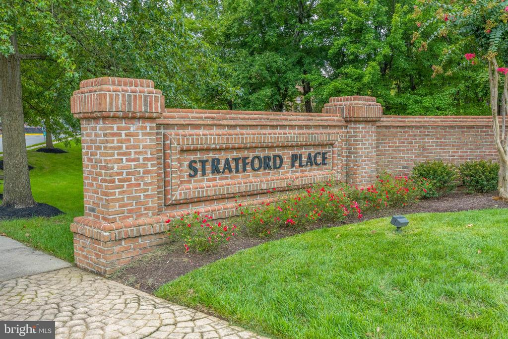 Welcome Home To Stratford Place At Kings - 7502 ASHBY LN #K, ALEXANDRIA