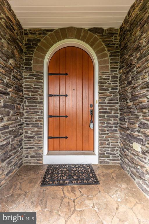 Front Door - 2635 QUEBEC SCHOOL RD, MIDDLETOWN