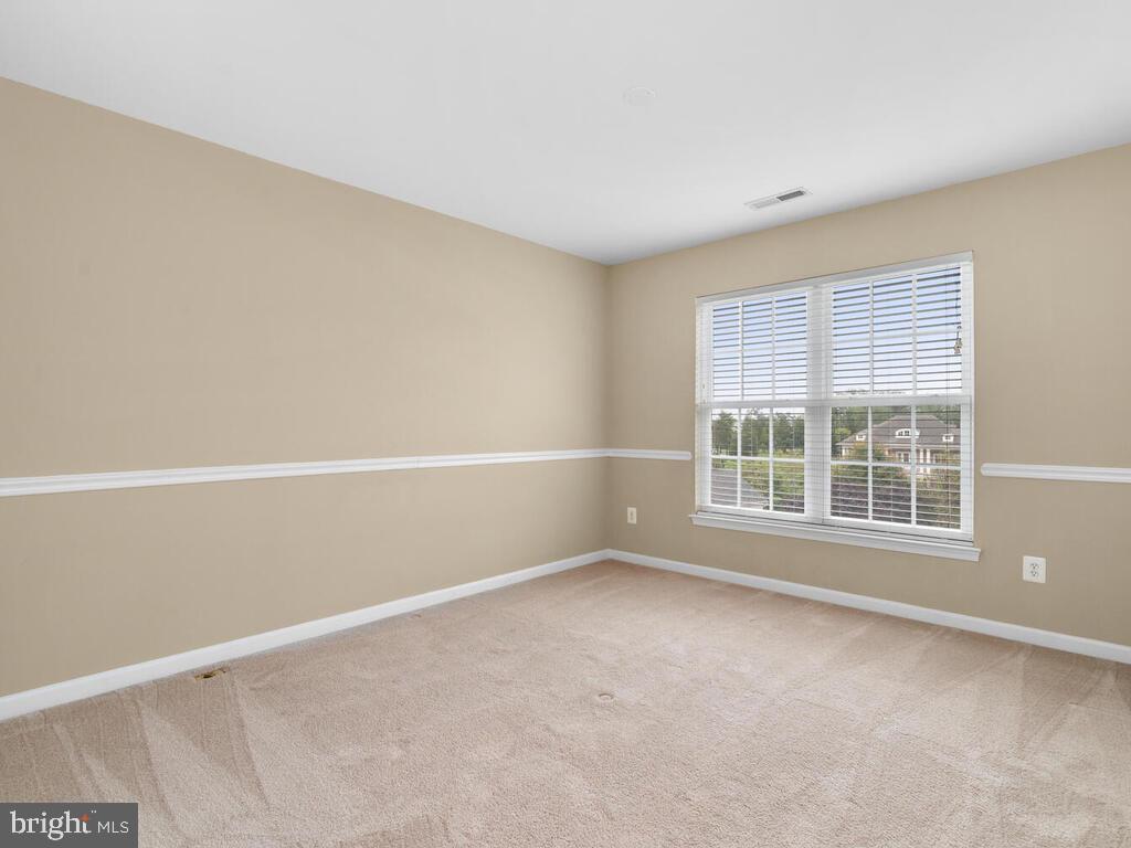 Bedroom 3 - 22950 FANSHAW SQ, BRAMBLETON