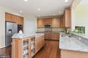 Granite counter tops, stainless steel appliances - 22340 ESSEX VIEW DR, GAITHERSBURG