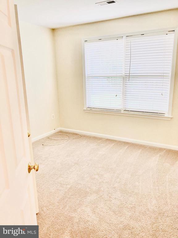 Upper Level - Bedroom - 8 BASKET CT, STAFFORD