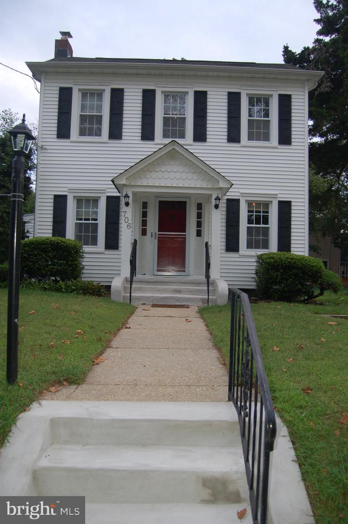 Single Family Homes для того Продажа на Point Pleasant Beach, Нью-Джерси 08742 Соединенные Штаты