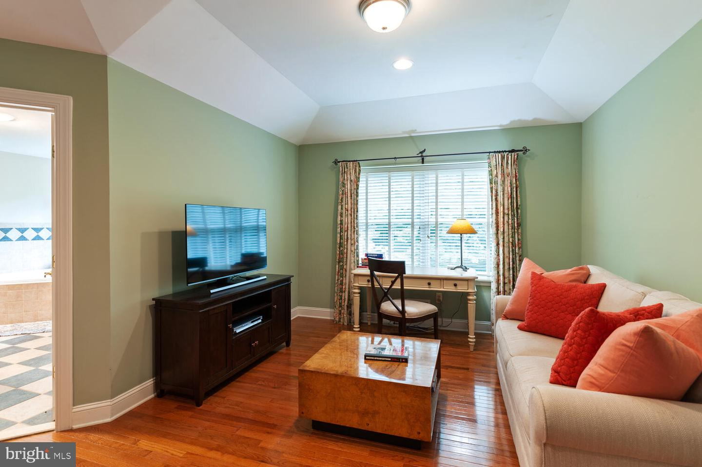 Additional photo for property listing at  Skillman, New Jersey 08558 United States