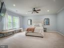 master bedroom with sitting area - 16496 CHATTANOOGA LN, WOODBRIDGE