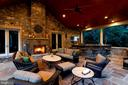 Light a fire and enjoy the fall and winter - 8225 WOLF RUN SHOALS RD, CLIFTON