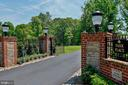 Custom brick work at gated entrance - 8225 WOLF RUN SHOALS RD, CLIFTON