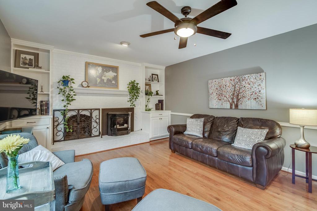 Family Room - 15506 BARRINGTON PL, DUMFRIES