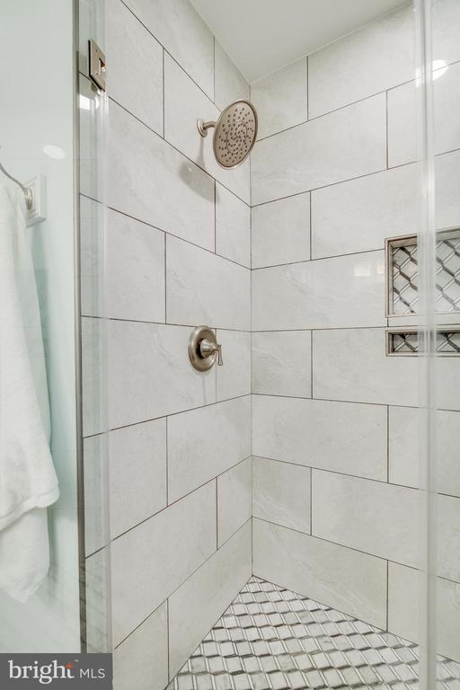 Master Bath - 15506 BARRINGTON PL, DUMFRIES